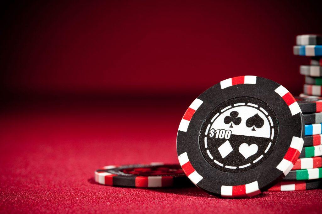What It Takes To Play Online Casino Games